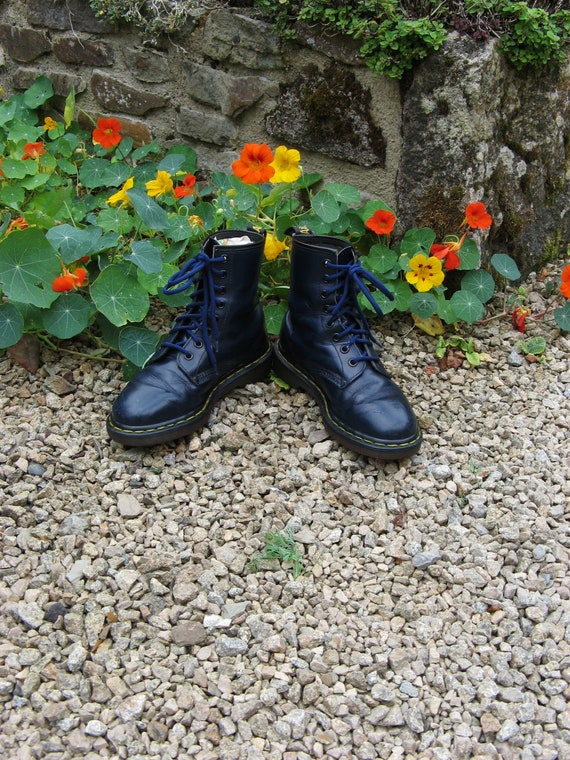 Doc A Very Good Pair Of Vintage Black Leather Dr Martens