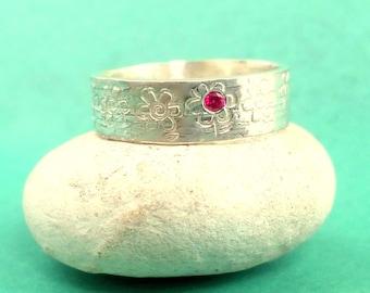 SIlver ruby flower design ring