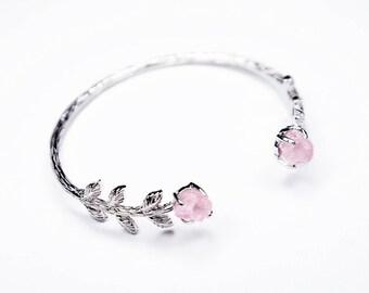 Silver Bridal Cuff Bracelet with Rose Quartz. Silver Rose Quartz cuff. Silver rose quartz bracelet. Bridal jewelry. Wedding Jewelry.