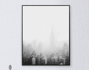 NYC Snow Day | Eco-friendly Printable Art Instant Download. Black and White Modern Minimalist Print. Travel Photography Wall Art Poster.