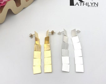 Gold or silver dinging earrings