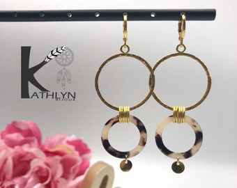 Slight dying earrings circles