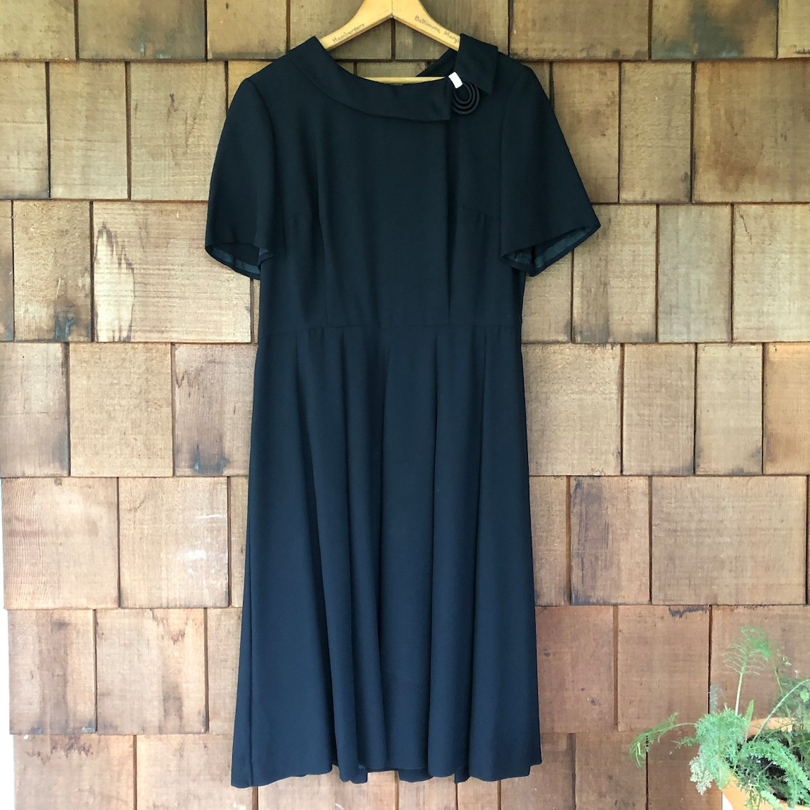 1950s Vintage Black Dress. Exquisite Collar Detail with