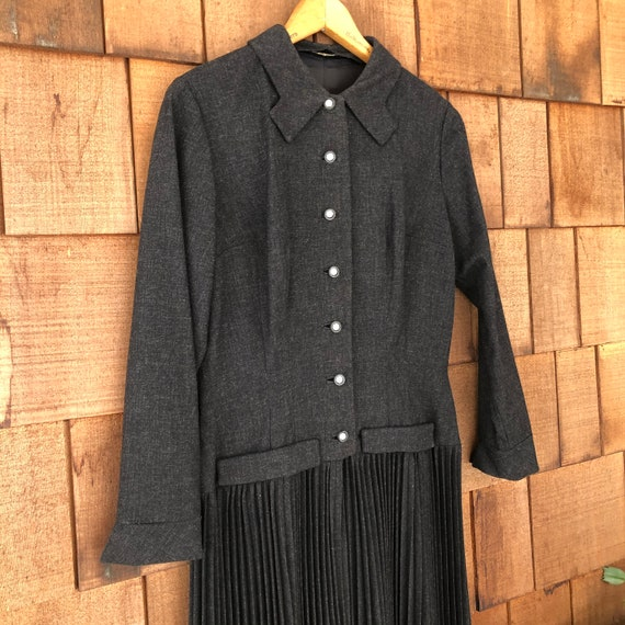 1930s Vintage Gray Wool Dress by William Fox New Y