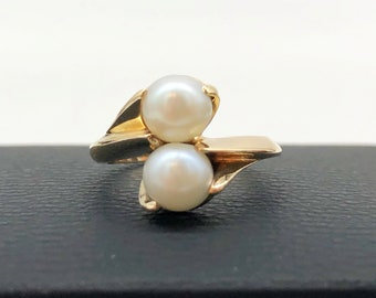 Pearl ring gold and silver pearl ring 2 tons 6-7 mm pearl on a ring band made of solid 10k yellow gold and sterling silver #B128