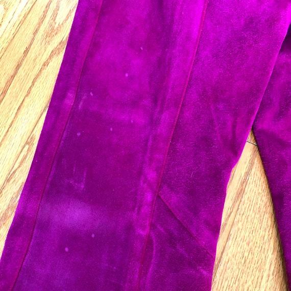 Vtg 1960's Mod PURPLE SUEDE Pant Suit w/Gold Grom… - image 8