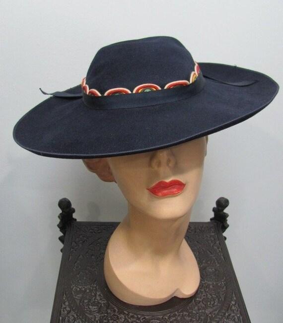 UNIQUE Vintage 1930's WIDE Brim Hat w/RAINBOW Cord