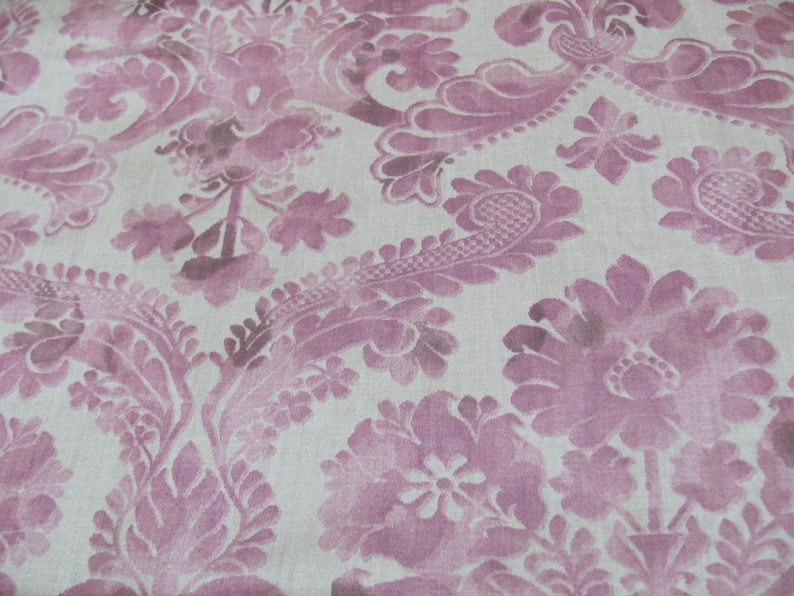 11-Yards Deadstock Vintage BLOOMCRAFT Mauve-Pink VICTORIAN Revival-Rococo  Screenprint Upholstery Fabric