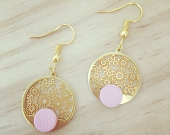 Round shaped, pink leather and Gold Flower charm earrings