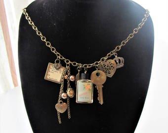 Bohemian Vintage Charm Chunky Necklace
