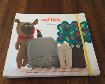 Softies  Author:Therese Lasky  - Simple instructions for 25 Plush Pals