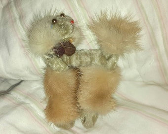Vintage Mink dog brooch