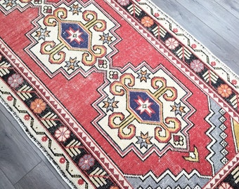"9'6"" x 3'3"" - Vintage Turkish Runner Rug  