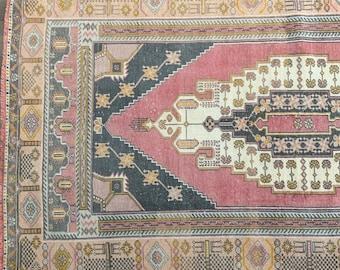 "7'7"" x 4'4"" - Vintage Turkish Area Rug     Turkish Oushak     Pink Rug"