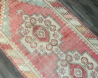 "9'5"" x 3'1""  - Vintage Turkish Runner Rug  
