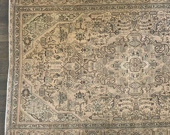 "Large Vintage Turkish Area Rug |  Heirloom Collection  - 8'0"" x 6'3"""