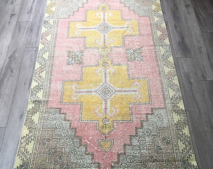 7.6 x 4.2 - Vintage Turkish Rug  |  Pink Oushak Rug  |  Faded Pink and Grey Rug