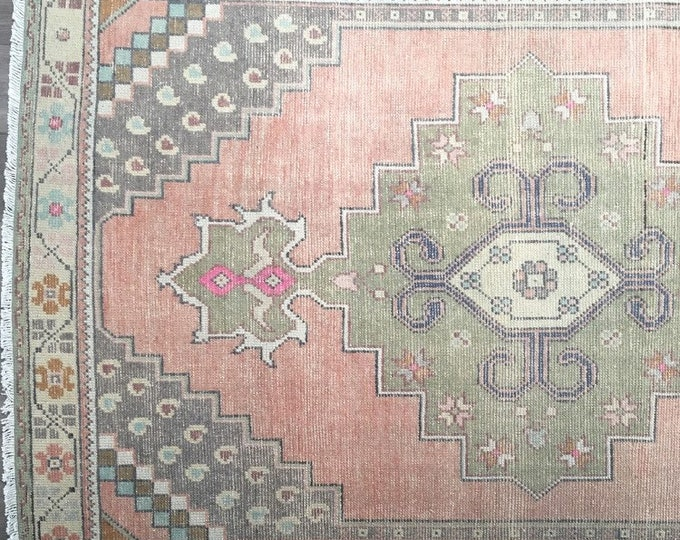 Vintage Turkish Rug - 8.2 x 4.2  |  Faded Pastel Turkish Oushak