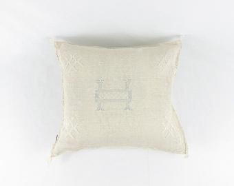 """Oatmeal Sabra Silk Pillow - 18"""" X 18"""""""