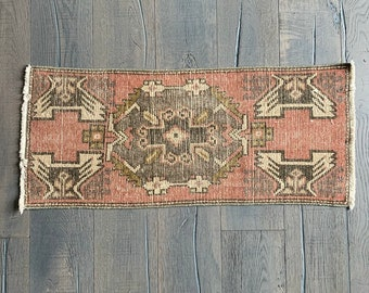 "Small Vintage Turkish Rug - 3'3"" x 1'4"""