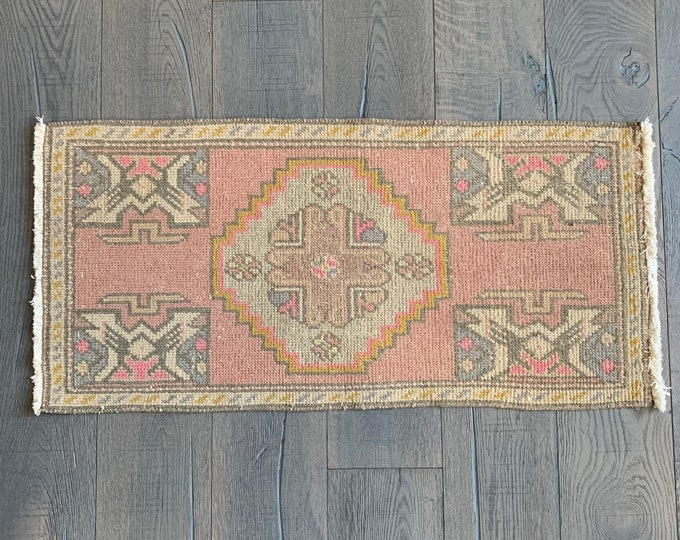 "Mini Vintage Turkish Rug - 3'5"" x 1'8"""