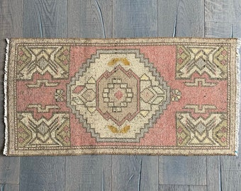 "Mini Vintage Turkish Rug - 3'2"" x 1'7"""