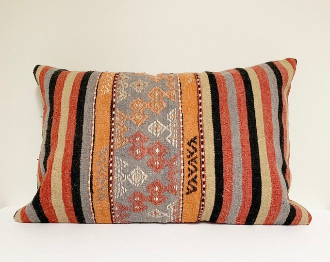 "Vintage Turkish Rug Pillow - 16"" x 24"" Lumbar  