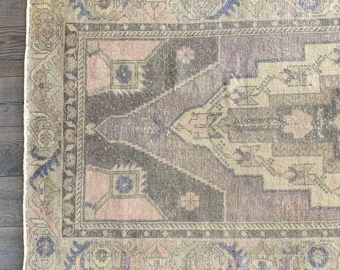 "Vintage Turkish Oushak Rug - 8'7"" x 3'9"""