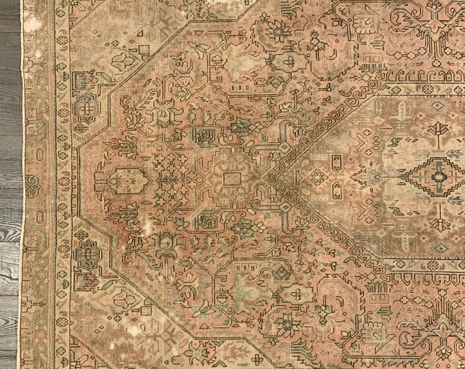 "Large Vintage Turkish Area Rug |  Heirloom Collection - 9'1"" x 5'6"""