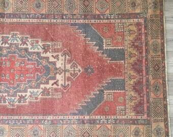 7.4 x 4.0 - Vintage Turkish Rug