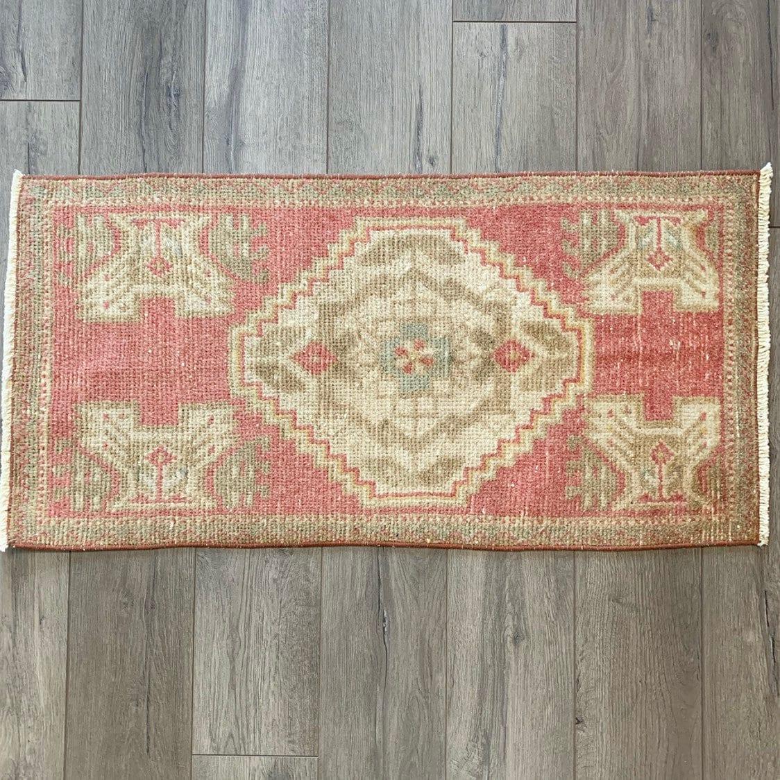 3'0 X 1'5 - Mini Vintage Turkish Rug