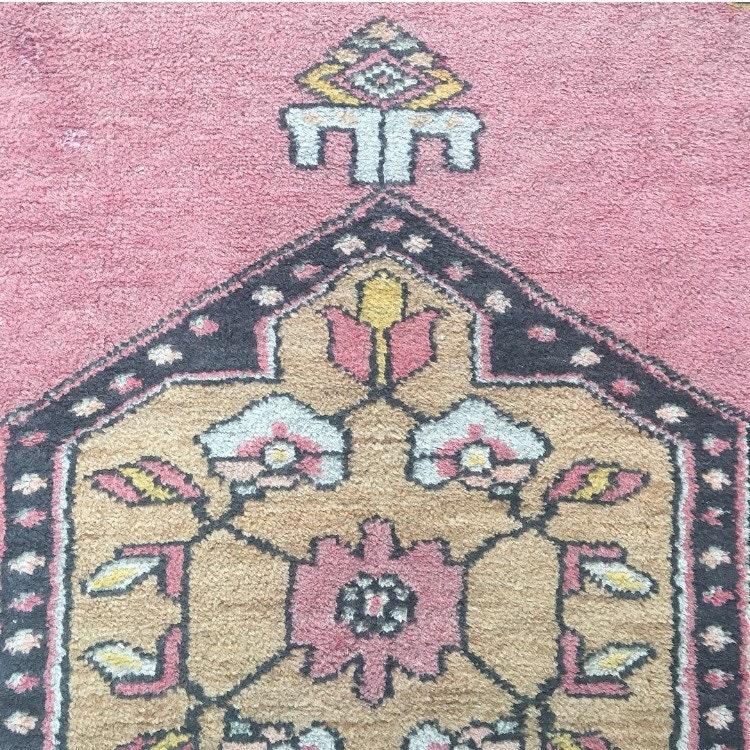 6 39 6 x 3 39 2 vintage turkish rug pink and navy blue turkish oushak runner rug. Black Bedroom Furniture Sets. Home Design Ideas