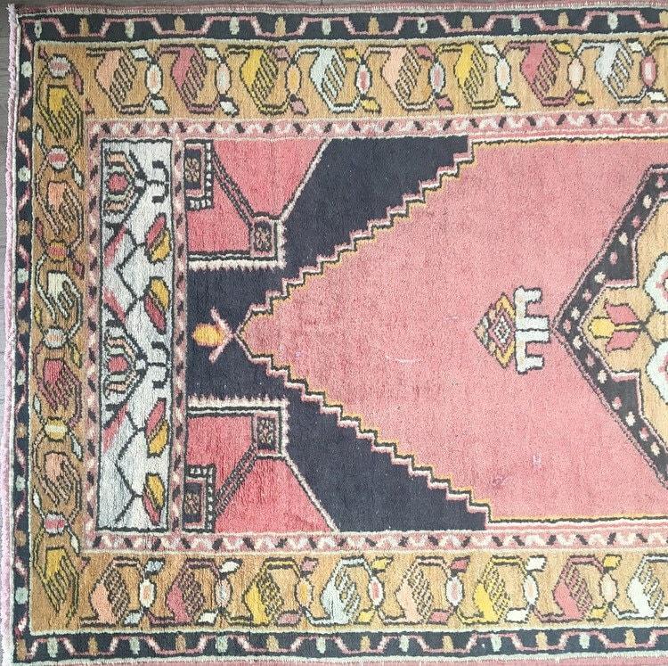 6'6 X 3'2 - Vintage Turkish Rug