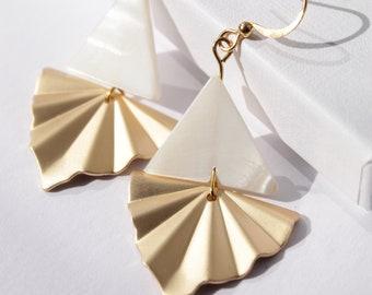 Gold Shell Earrings . Beach Jewellery . Gold Fan Earrings . Shell Jewellery . White Pearl Shell Earrings . Boho Shell Earrings .