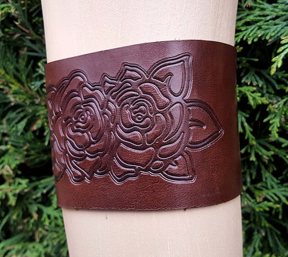 Brown leather armband Rose arm bracelet upper arm cuff