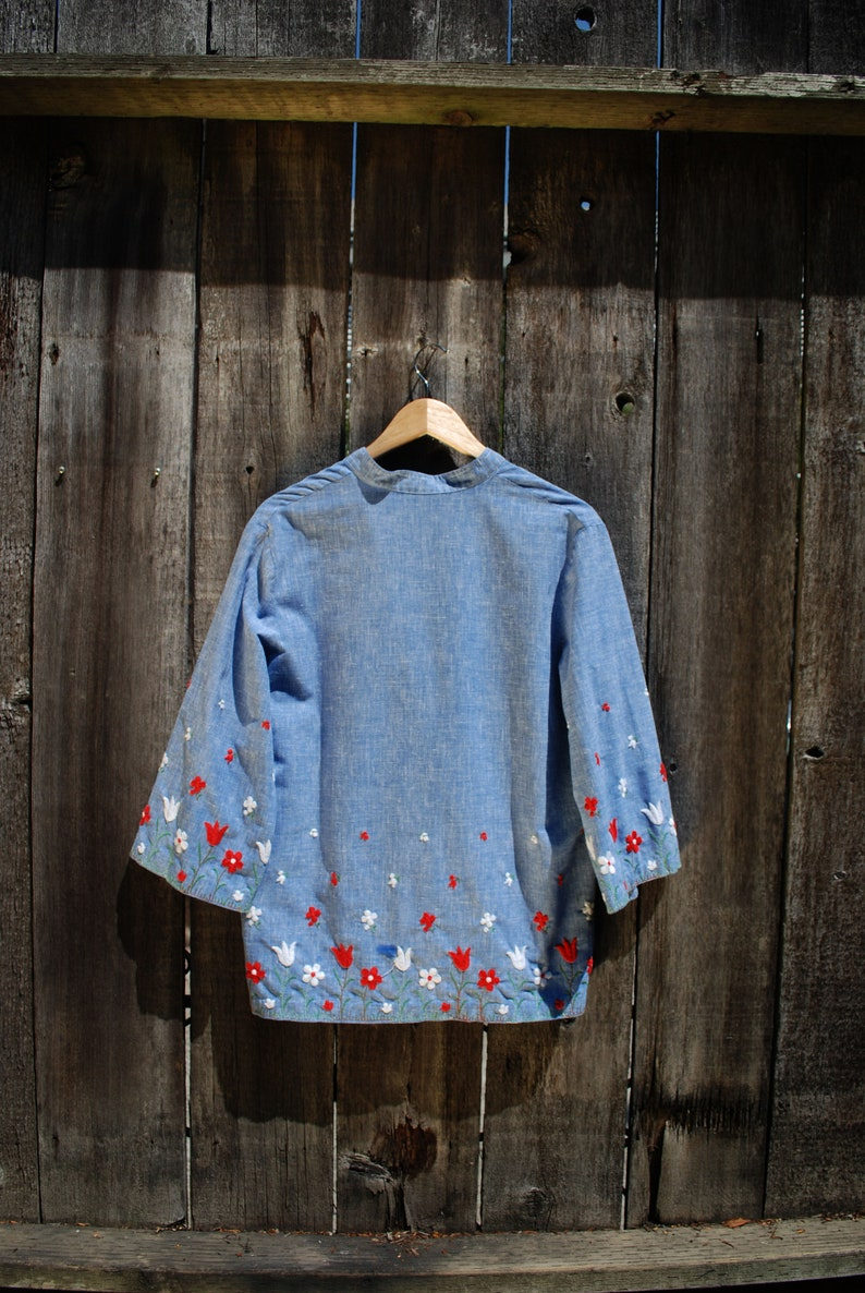 80s Floral Embroidered Bell Sleeve Tunic  Neiman Marcus  USA-Made