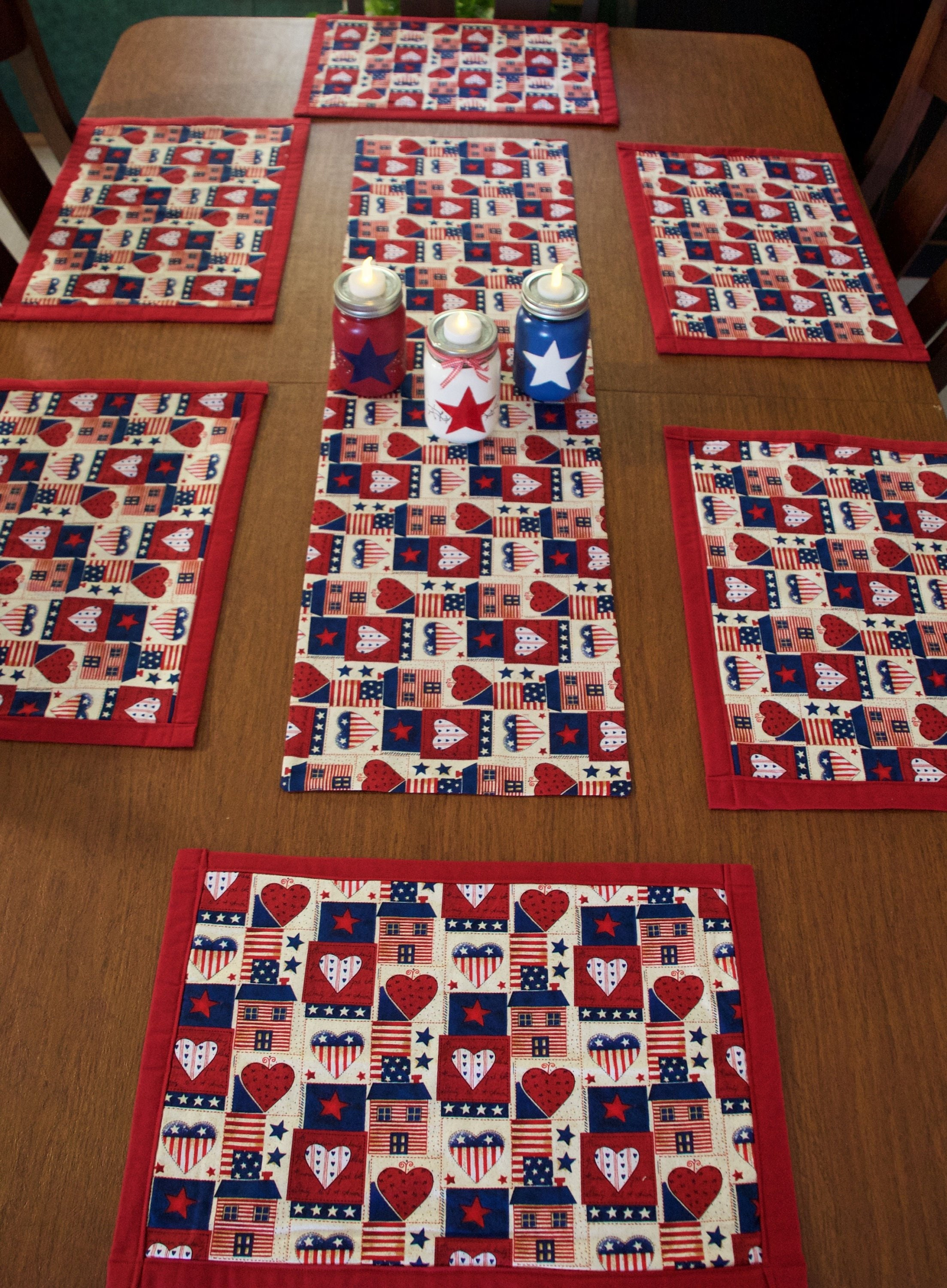 placemats, table runners, patriotic table runner,country kitchen decor,  patriotic placemats, Americana decor,Americana kitchen decor,