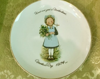 Mother's Day Holly Hobbie Commemorative Plate 1974