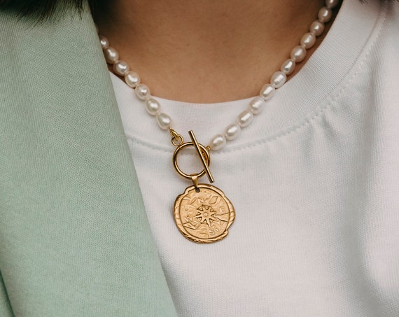 Helen Pearl Necklace