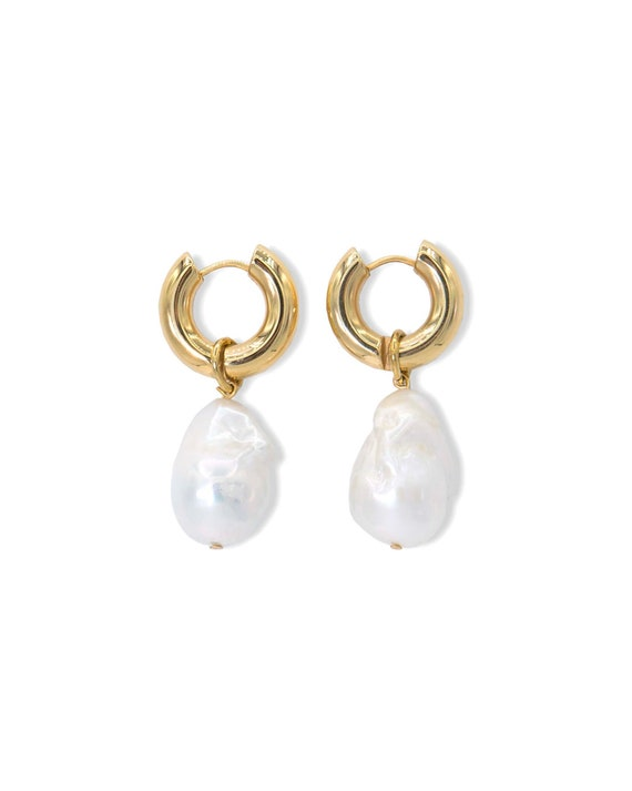 Florence pearl earrings