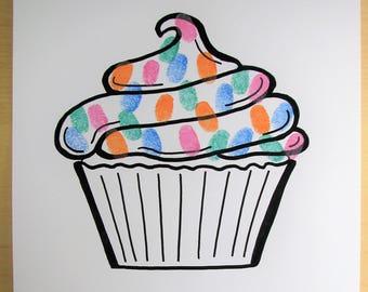 Fringerprints guest book - Cupcake - birthday - baptism - baby shower - Cupcake drawing - yummy - thumbprints