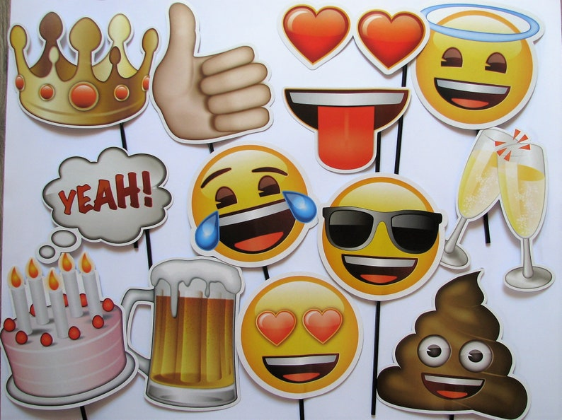 Emojis Photo booth props - photo booth accessories Emojis - 13 pieces -  Smiley - child party - birthday - wedding - beer - poop - champagne