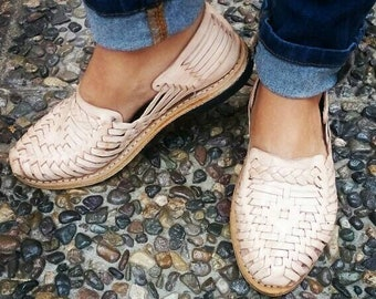 1127fd114ae Huaraches Mexican Shoes - For her