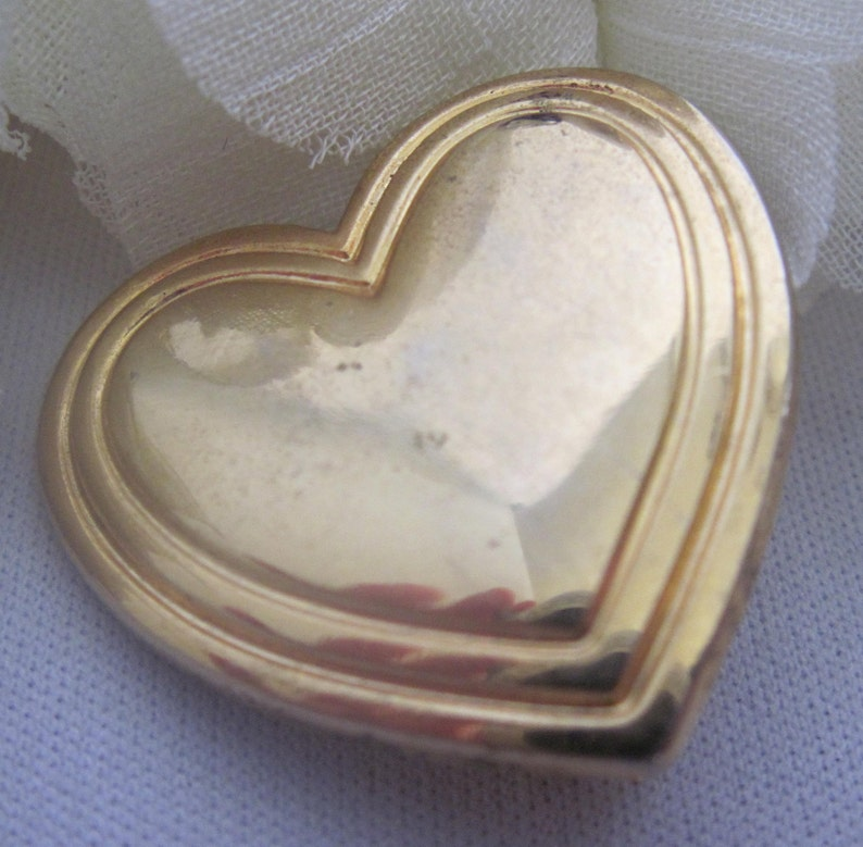 Disney Brooch 1993 Club Brooch Gold Heart The Variety Club Brooch Pin With Border Collectible