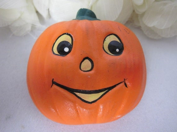 Orange Wooden Brooch Jack O/'Lantern Halloween Pumpkin Pin As Found at the Market