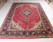 Excellent Hand-Knotted Vintage Turkish Area Rug Low Pile Faded Red Large Handmade Floral Wool Carpet 1933