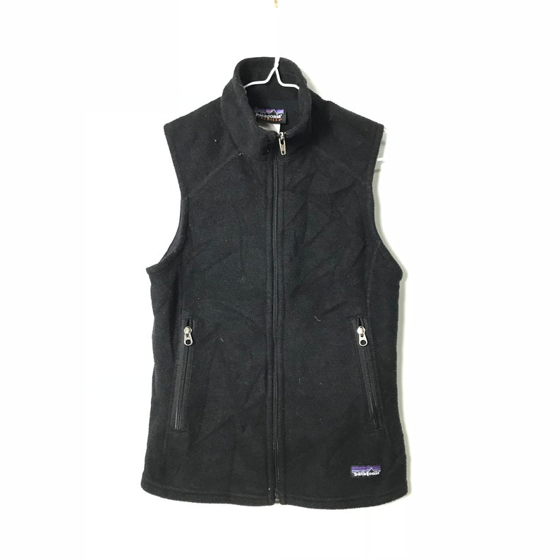 Vintage PATAGONIA Black Synchilla Fleece Vest Sweater  79431bb2a