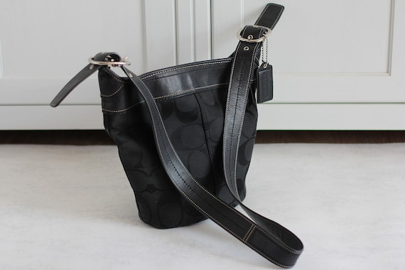 Coach Bucket Bag Vintage Crossbody Bag Black Canva