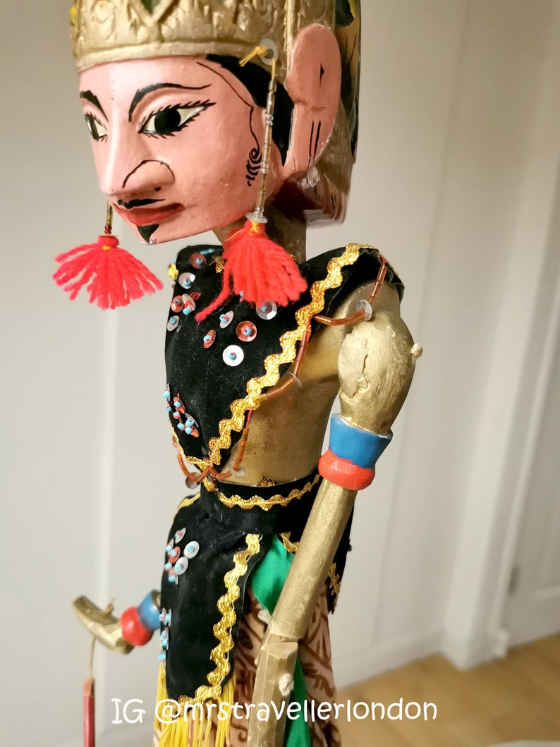 theatrical puppet Indonesian Wooden Puppet Stick Puppet Large Indonesian Puppet Stunning Vintage 1980s Indonesian Wayang Golek