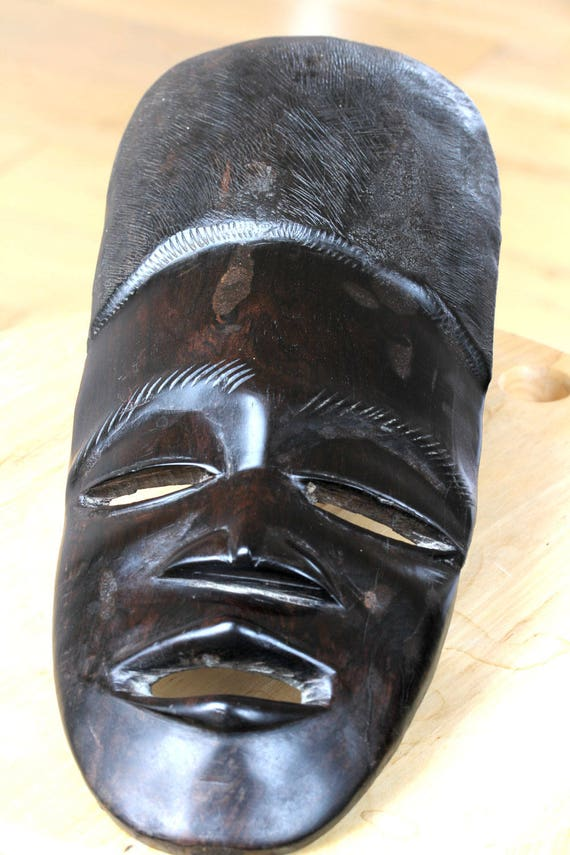 African Carved Wood Mask Vintage  Ebony wood ASHANTI African 1436